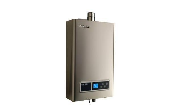 家用燃气热水器好?还是电热水器好?.jpg
